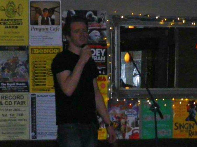 Footlights Bar Gig (3)