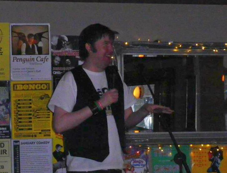 Footlights Bar Gig (8)